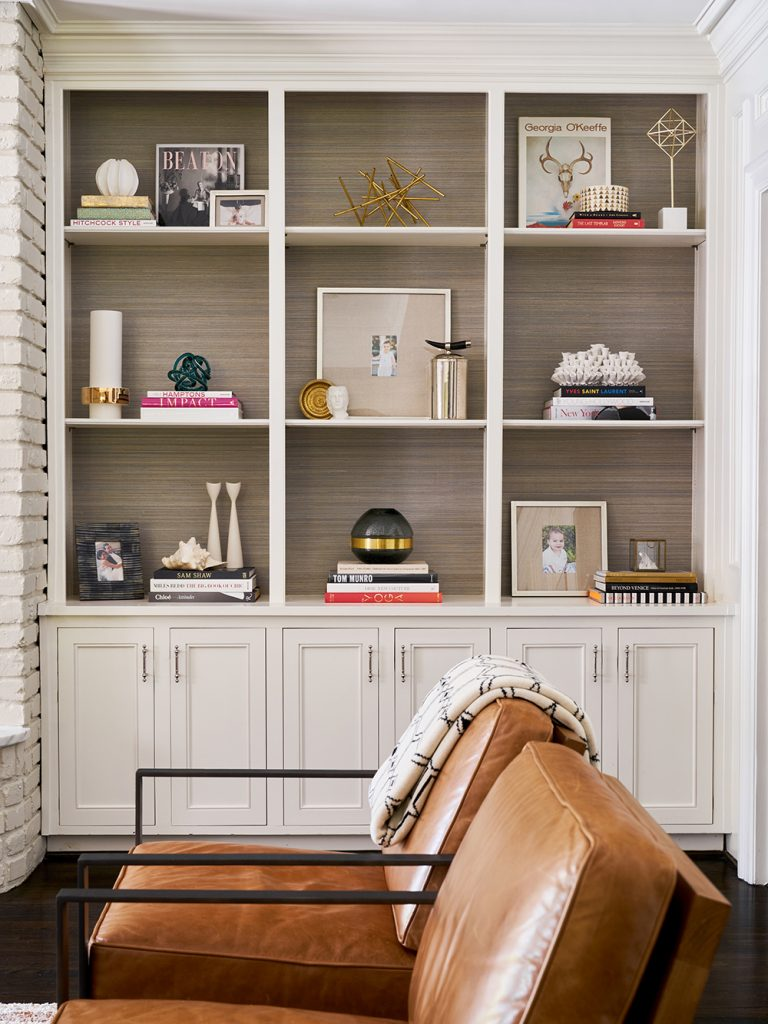 Pulp Design Studios - Classic with an Edge - Family Room Bookshelves