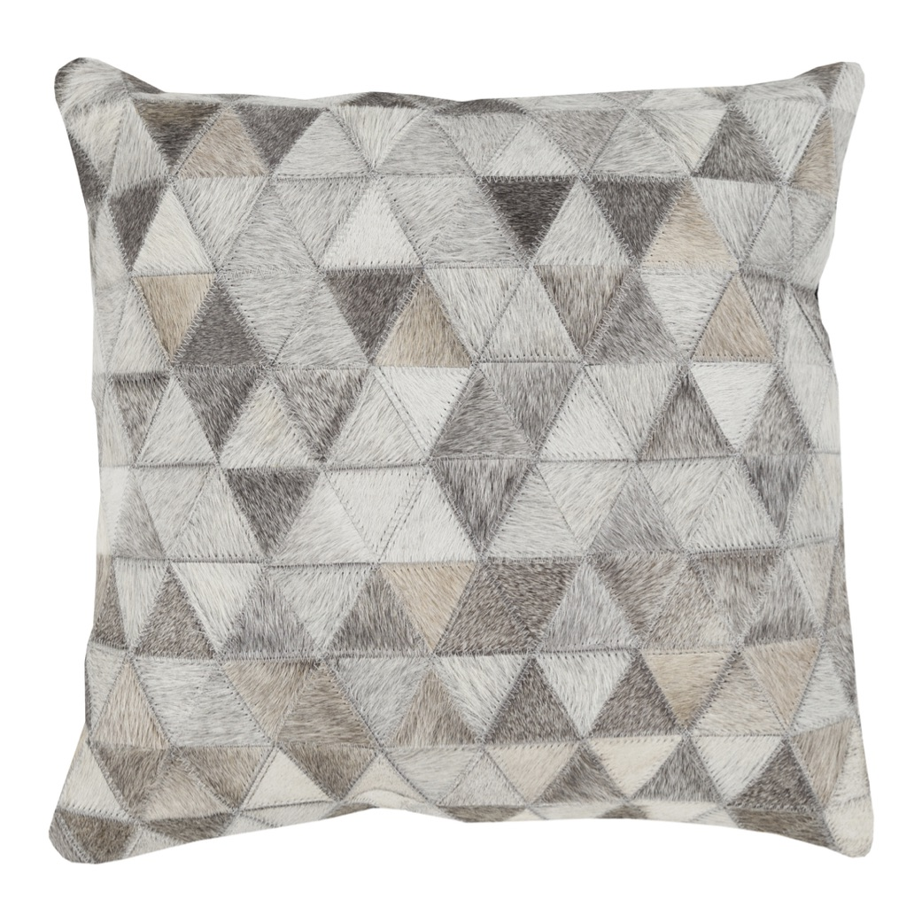 Pulp Home - Trail Diamond Checkered Pillow