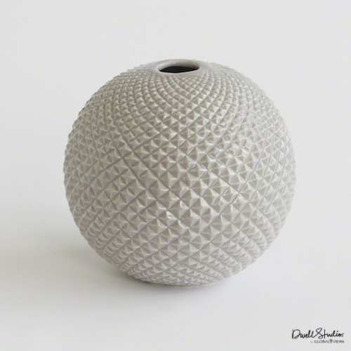 Pulp Home – Diamond Cut Globe Vase