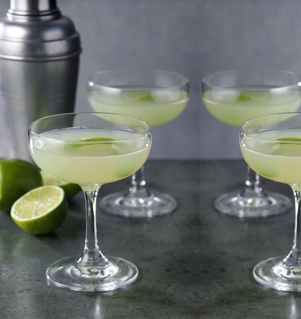 gin cocktail recipe, best gin drink, best gin cocktail, chartreuse cocktails, summer cocktails with gin