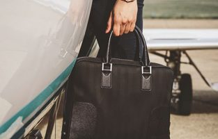 2016 Holiday Gift Guide: Frequent Traveler