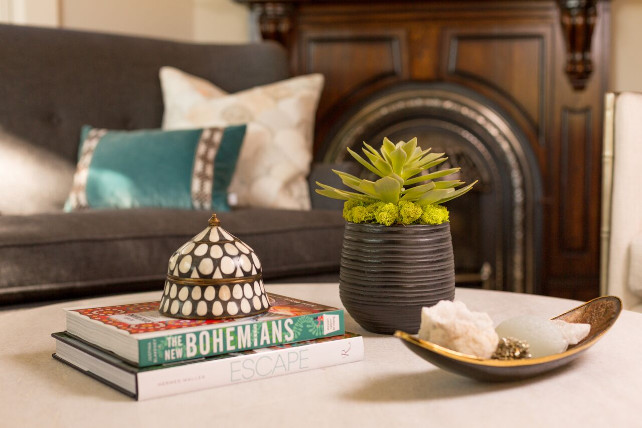after-eclectic-abode-coffee-table-accessories