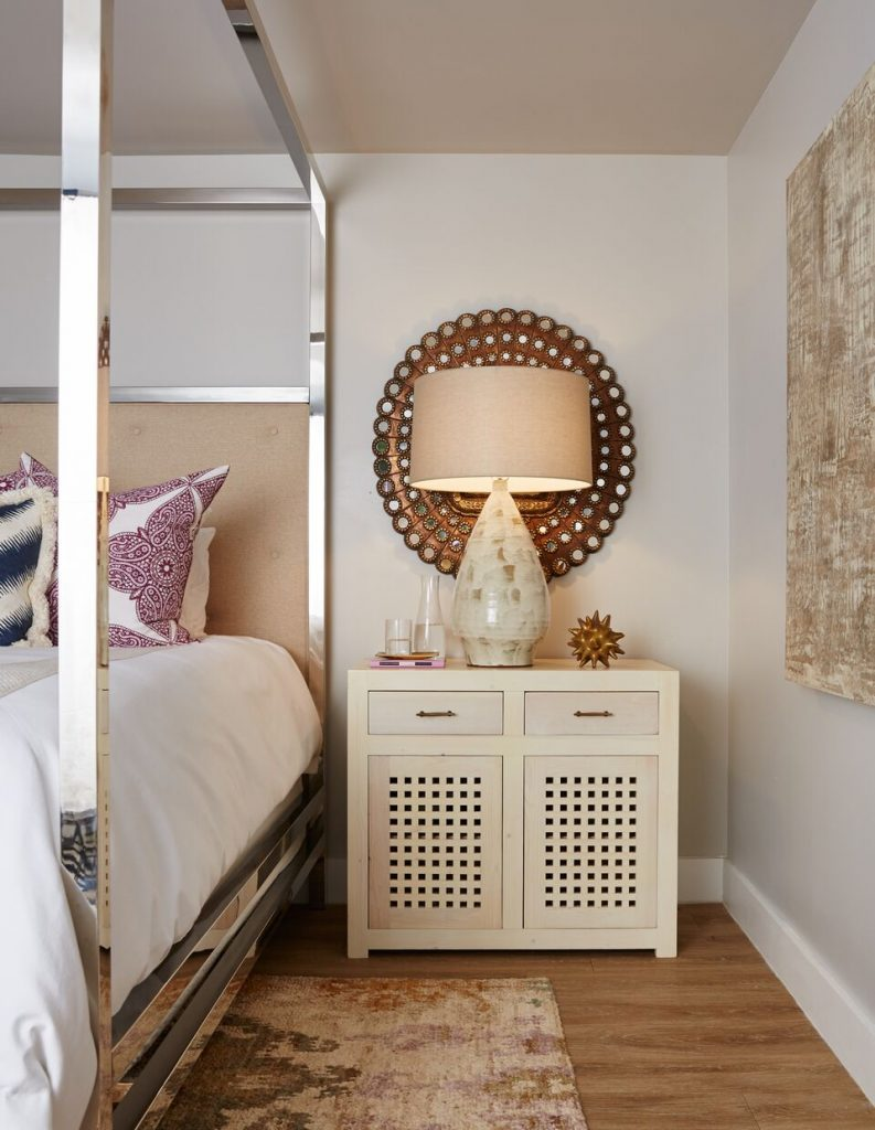 after-lakehouse-retreat-bedside-table