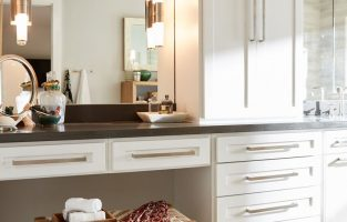 8 Tips for Creating the Perfect Vanity