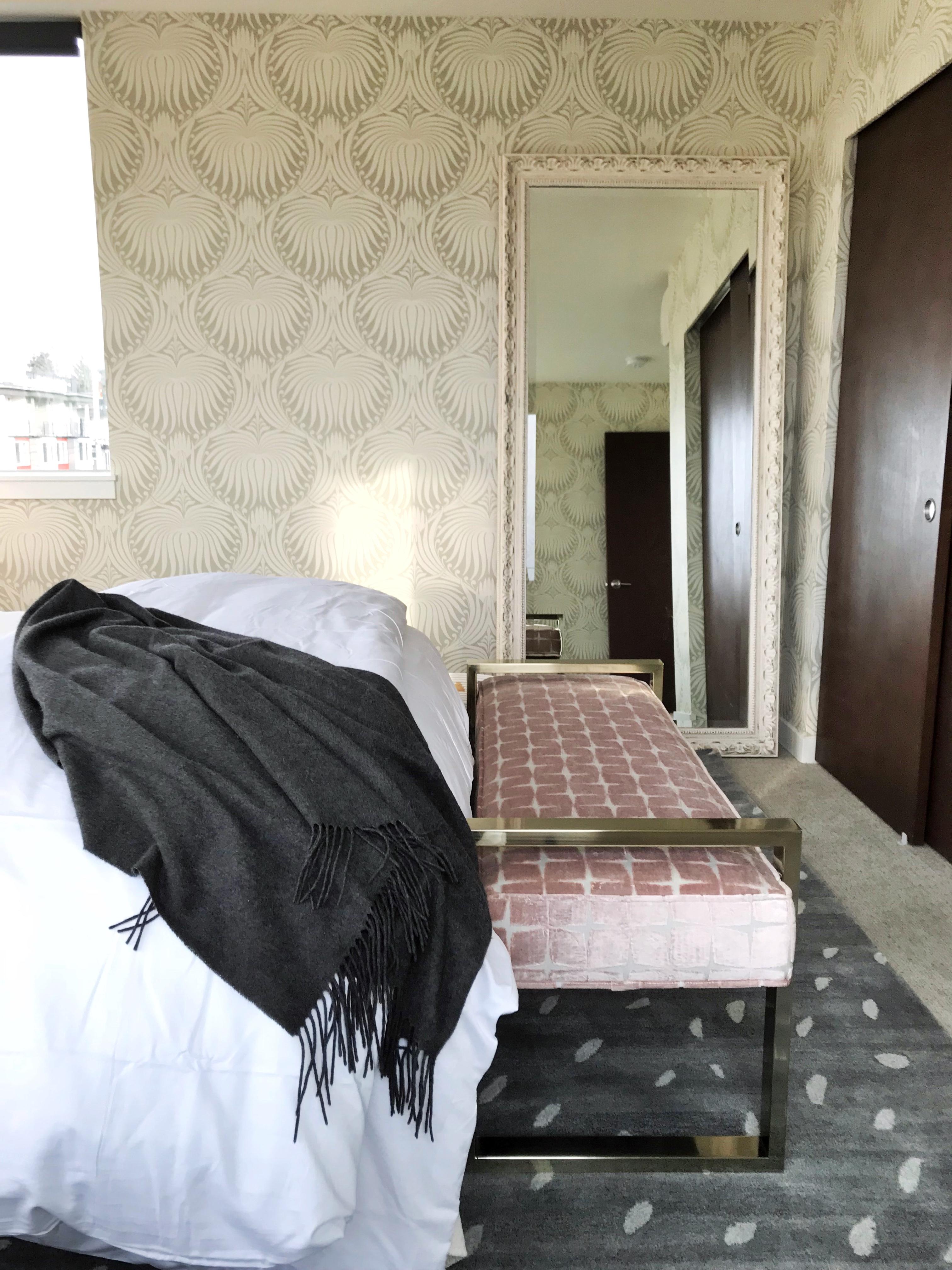 Feminine Home Install19