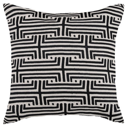 Pulp Home – Labyrinth Emb Pillow – Graphite