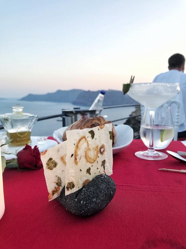Santorini Travel Guide14