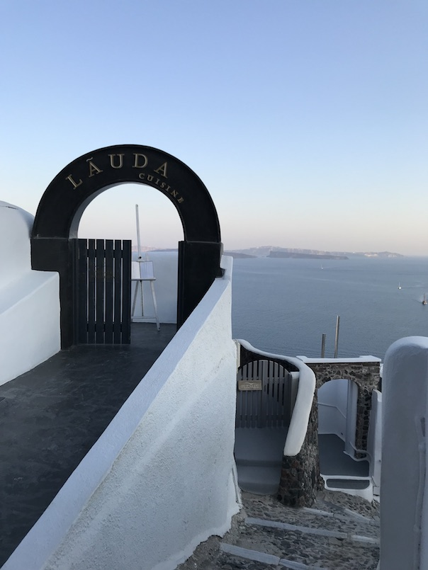 Santorini Travel Guide16