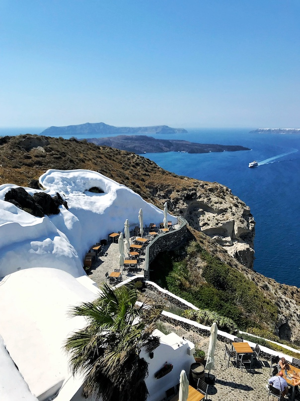 Santorini Travel Guide2