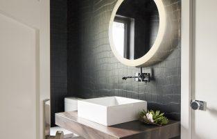 Get Inspired with These 6 Brag-Worthy Powder Baths