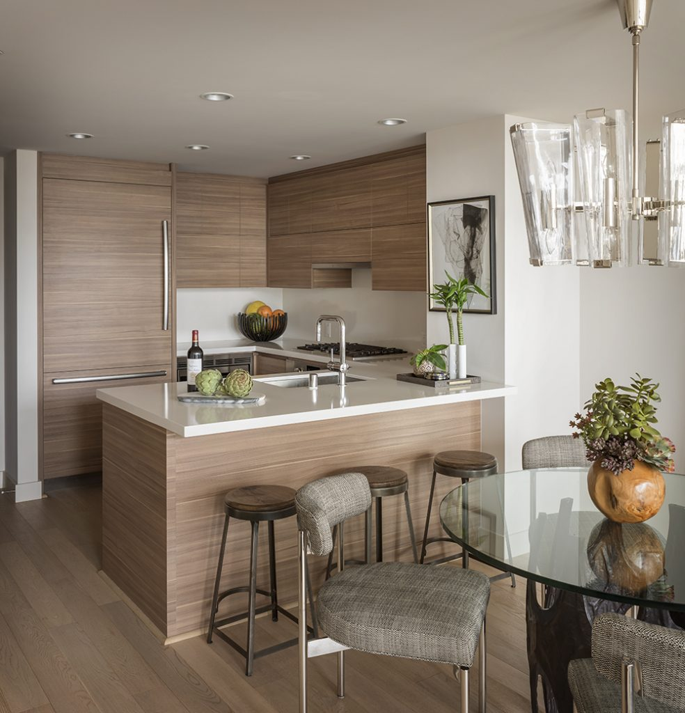 Pulp Design Studios Handsome Highrise - Kitchen and Dining