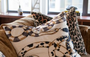 7 Tips for Mixing Patterns Perfectly